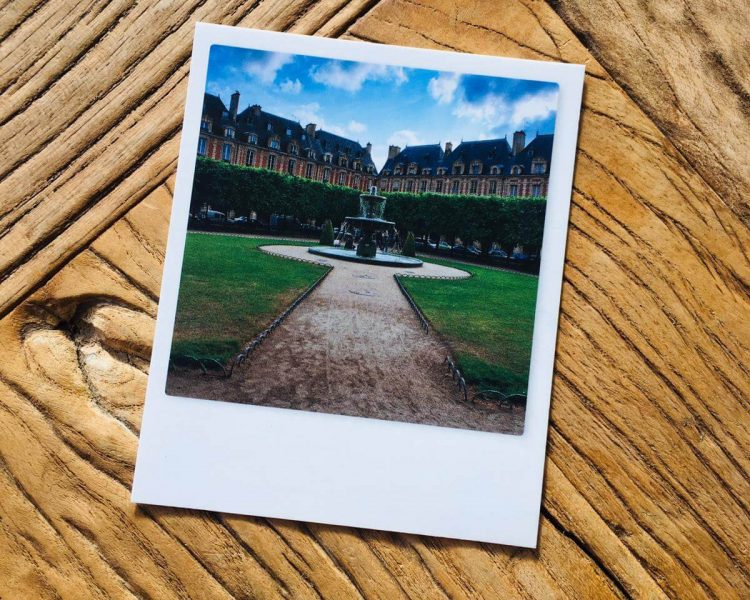 -Paris Polaroid